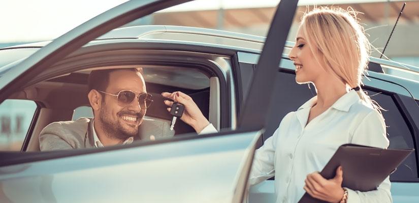 Ersatzfahrzeug nach Verkehrsunfall/ Autounfall