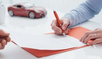Autounfall/ Verkehrsunfall mit finanziertem/ Leasing-Fahrzeug